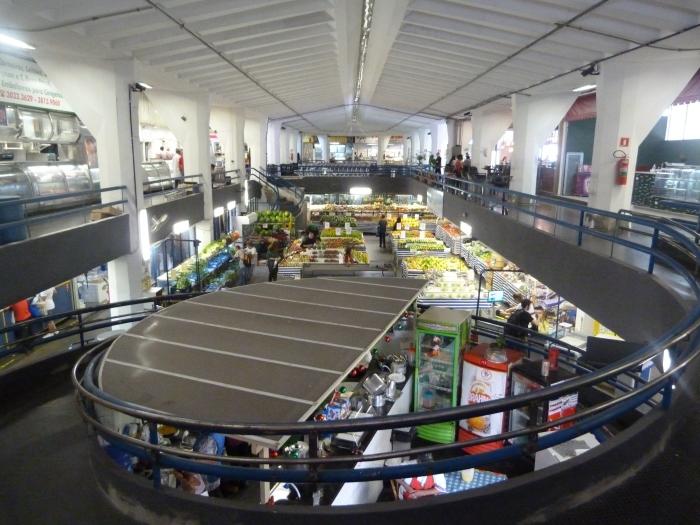 Interior do Mercadão de Pinheiros (Fotos: Leonardo Raposo)
