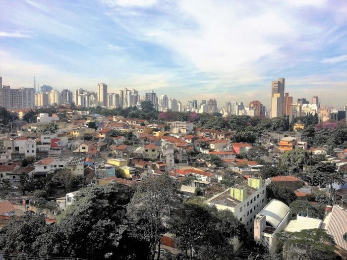 Vista do Baixo Madalena, na direção do Cemitério São Paulo
