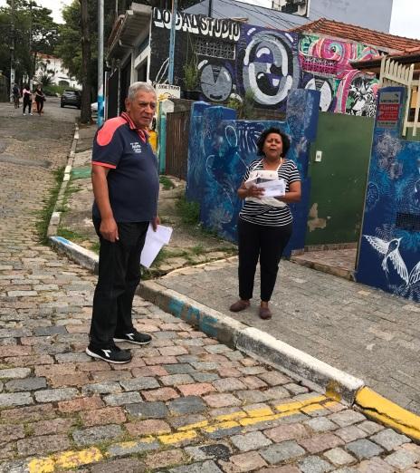 João (esq) e Vanda - moradores do Beco
